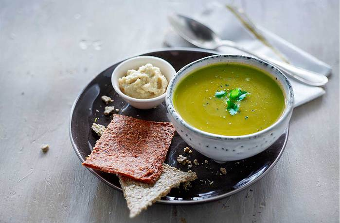 Rawsome-Recept-Bloemkool-doperwt-soep