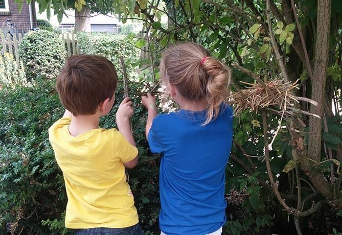KidsNatuurclub-vogelnestjes-maken-Natuurplezier