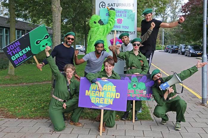 Green-Guerilla-neemt-Candea_1